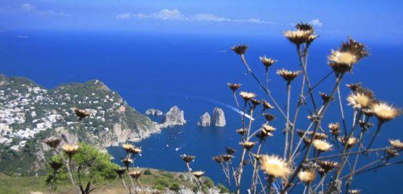 5 punti panoramici di capri da cui ammirare le bellezze for Separa il golfo di napoli da quello di salerno