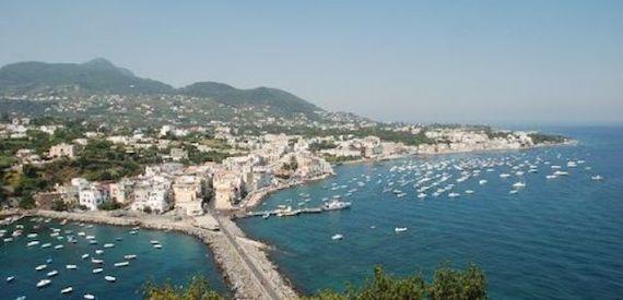 Pasqua isole del golfo di Napoli
