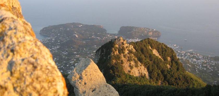 escursione sul monte Epomeo